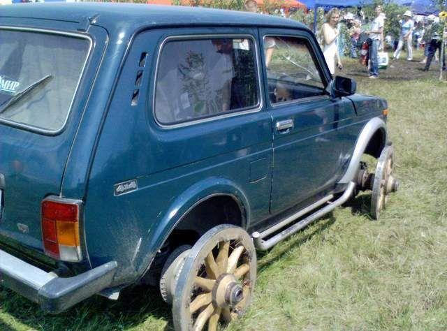 lada niva as a carriage