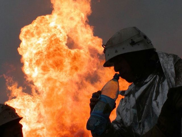 fire on the russian oil well part 9
