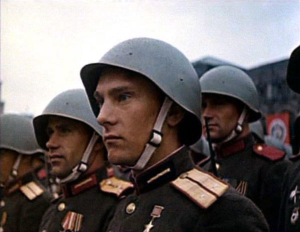 Stunning colour photos from the Victory Day (1945)